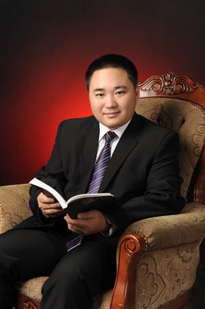 牛晓霆:东北林业大学研究生导师、东北林业大学中国古家具研究中心主任