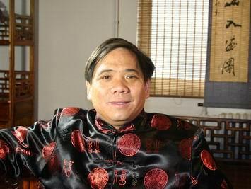 北京市劲飞红木家具厂董事长吴新建