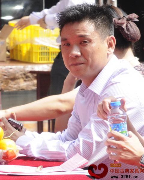 广东深圳宝安观澜红木家居艺术街举行盛大的启动仪式