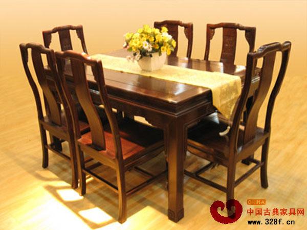 千赢国际入口餐桌椅如何保养?