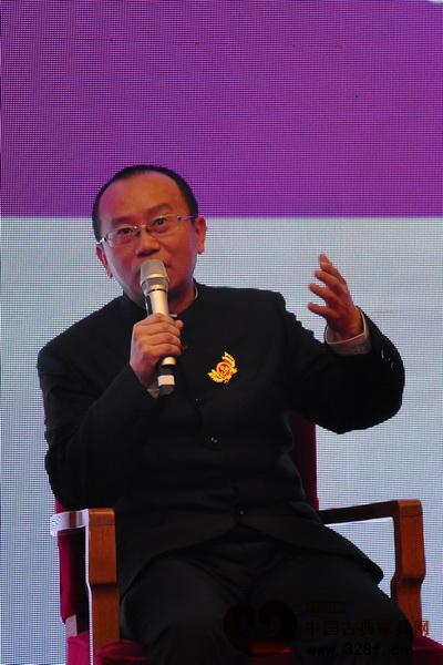 周京南:形制与宣传概念的双重创新