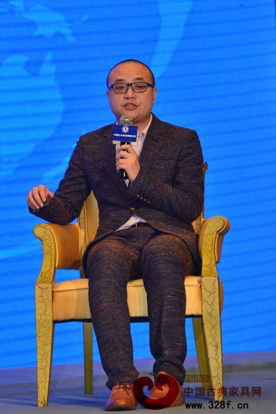 杜长江:多元化形态传承红木家具
