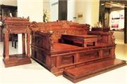 从《王者归来罗汉床》解读中信红木对中国红木文化的传承与发扬