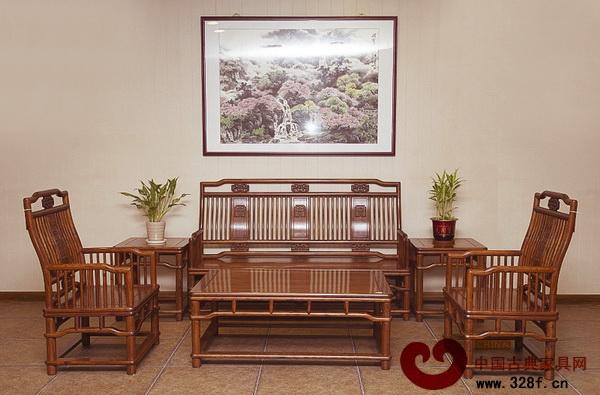 宏达一品——非洲檀香803板面明式梳枝沙发