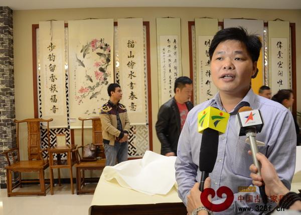 伟明轩红木董事长张石乃接受媒体采访