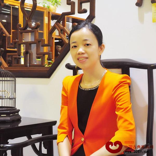 区氏臻品销售经理李艳霞