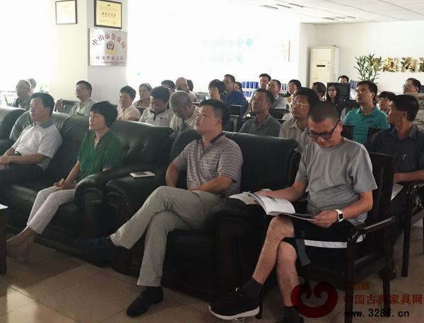 市科协2015年第二季度学会秘书长联席会议在高新技术民营企业协会举行