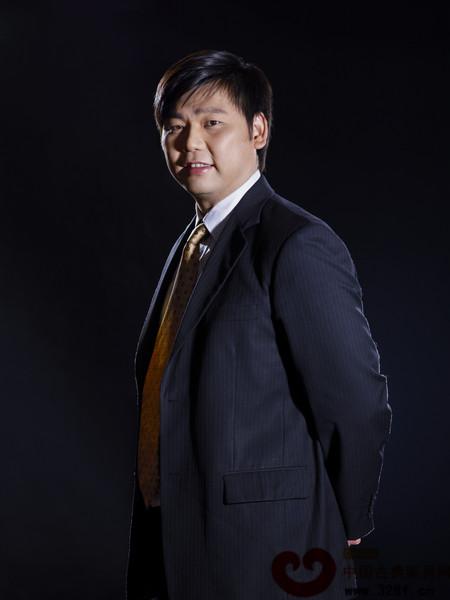 东莞国寿红木副总经理王耀佳