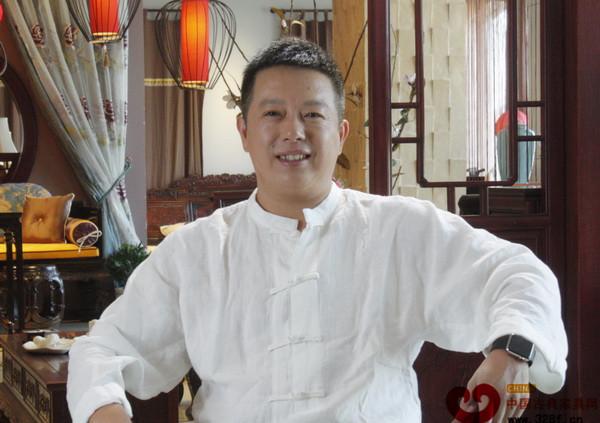 东阳明堂红木总经理张向荣