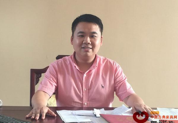 东阳千百年红木董事长张海锋