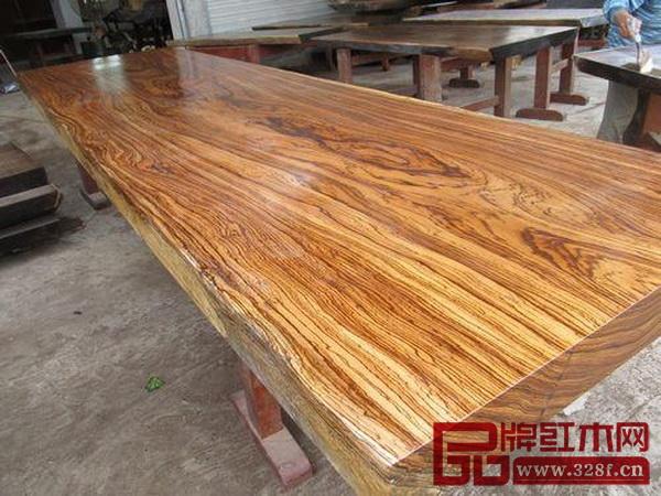 在未来的10到20年中,乌金木将成为最具升值潜力的一种木材。