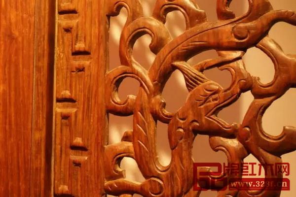 黄花梨福禄寿纹隔扇十二件螭龙纹