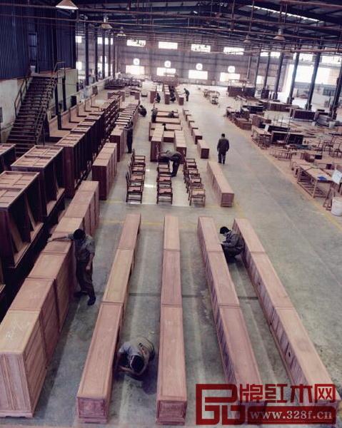 作为一个向大众开放参观的红木家具工厂,国寿红木一直广受各界赞誉