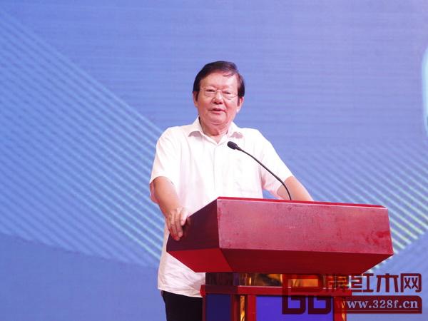 全国政协委员、全国工商联第九届副主席、中国西部研究与发展促进会理事长程路