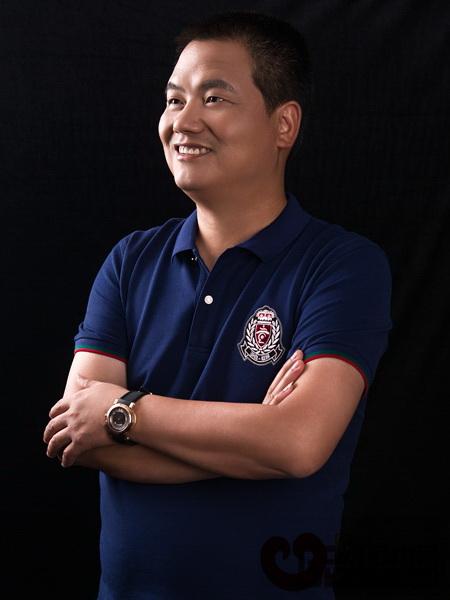 安博电竞红木董事长李忠信