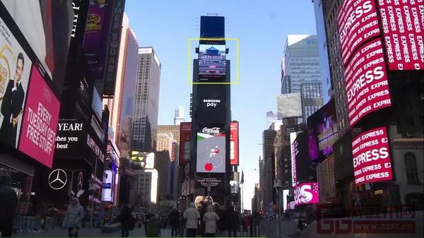 """美国纽约时代广场""""中国屏""""正在播放广东中山的城市形象片《伟人故里·中国中山》"""