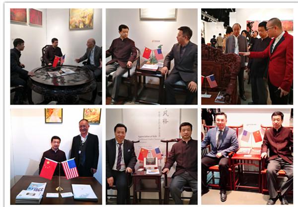中国驻洛杉矶总领馆文化参赞古今参观首届当代经典红木家具中美交流展