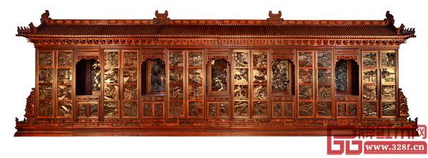 中国传统工艺大师、东阳大清翰林董事长吴腾飞《中华耕织世纪大柜》