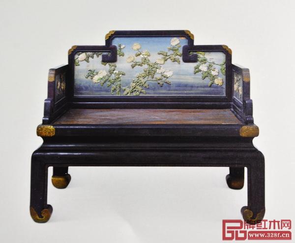 《紫檀框漆嵌牙菊花纹宝座》(清宫旧藏)