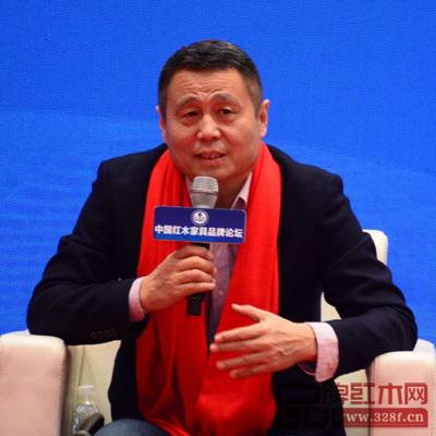 全联艺术红木家具专业委员会专家顾问、明清家具研究学者张辉