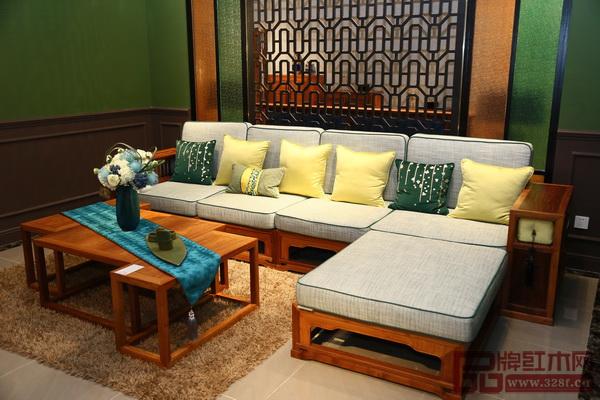 上海老周红木家具有限公司 《玲珑沙发》