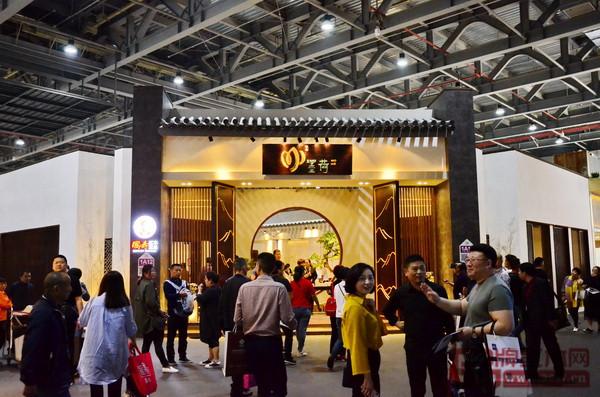 国寿红木·墨荷位于东莞名家具展1号馆的展馆