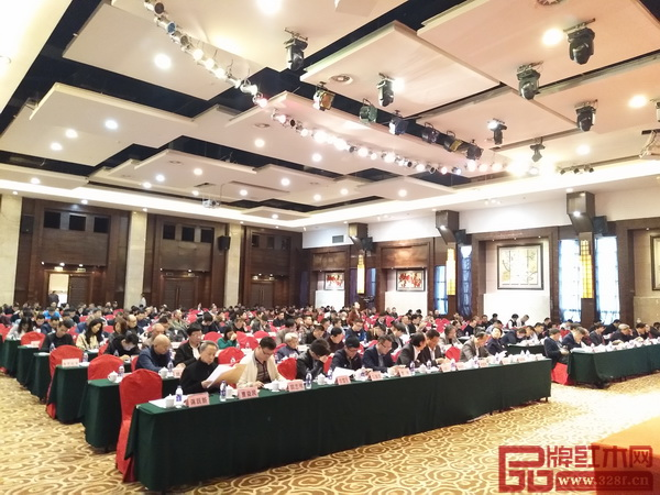 东阳市红木家具行业协会第二届第四次会员代表大会隆重召开