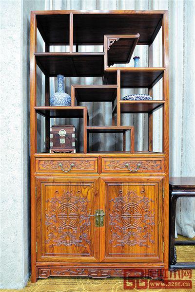 海南省博物馆珍藏的海南黄花梨家具