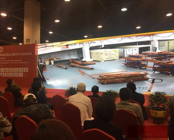 旭东红木向全网用户直播红木家具的生产与制作