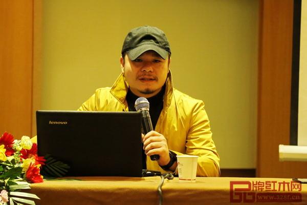 杨六营销策划创始人、品牌记忆传播符号创始人杨六进行分享
