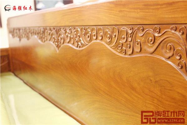 海强红木研发设计《君临系列》雕花简约,线条流畅