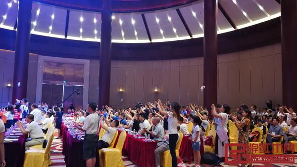 2018中国(中山)新中式红木家具展开幕式现场人气爆棚
