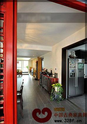新古典风格别墅装修效果图:进门口的泰式大象摆件,也是花了不少力