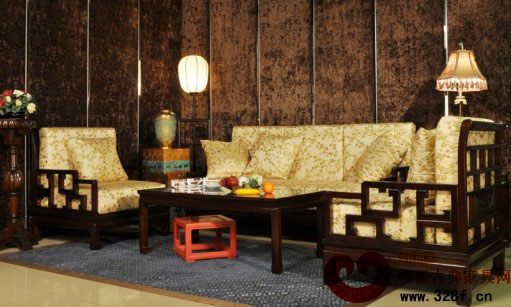 客厅红木家具摆放,沙发用材酸枝木