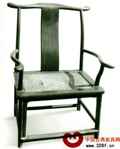 四出头大官帽椅(鸂鶒木宽78.5cm,通高109.5cm)