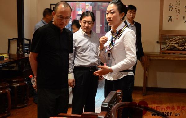 复星集团董事长郭广昌莅临东阳中国木雕城视察