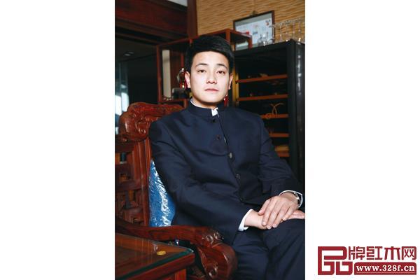 中山忆古轩总经理刘宇