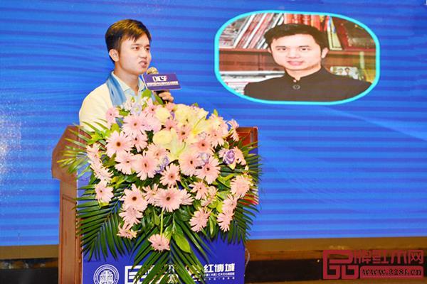 全联艺术亚博体育下载苹果家具专业委员会执行会长、弘木传媒CEO林伟华