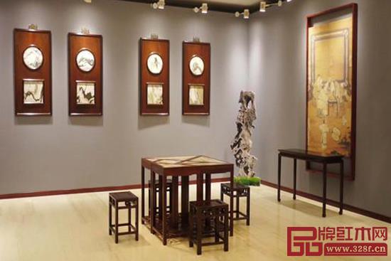 """今年在北京中国政协文史馆举办的""""中国苏作红木文化展""""为大众提供了了解""""苏作""""的平台"""