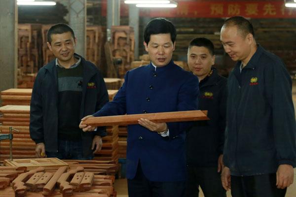"""中国高等教育家具设计专业创始人胡景初谈""""张锡复印象"""""""