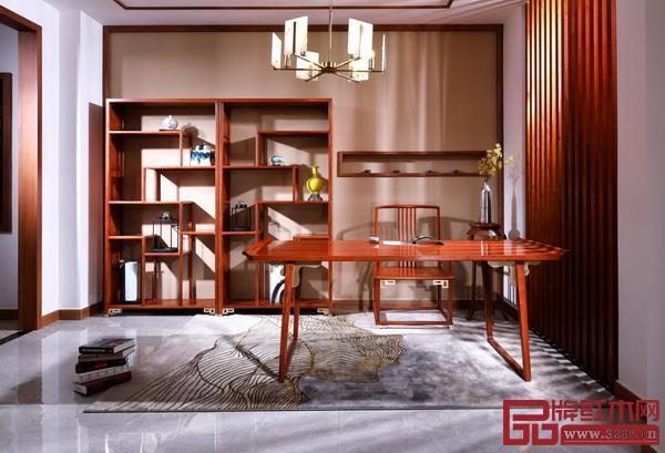 东阳市纯本森活红木家具有限公司 名称:《简·曲》