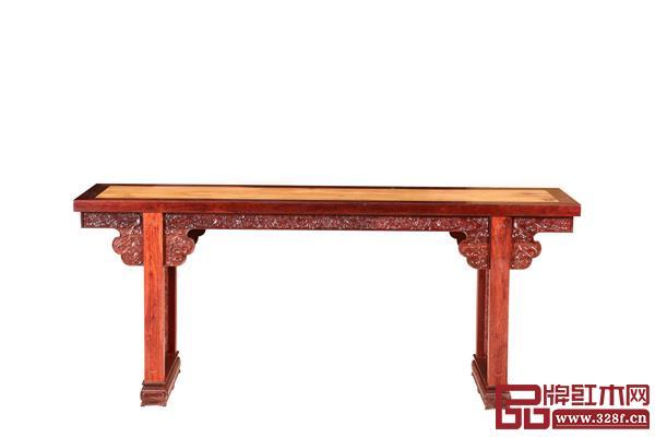 波记家具获得中国传统工艺作品《云工奖》银奖的伍建波作品《小叶紫檀镶越南黄花梨平头案》