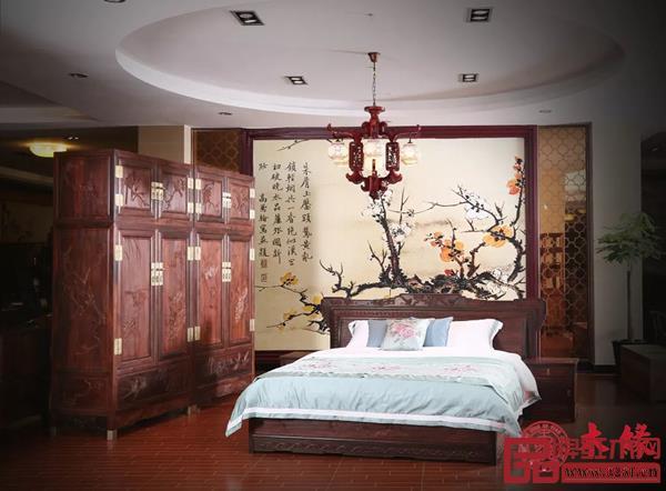 木缘红木 · 大红酸枝松鹤顶箱柜+花鸟大床