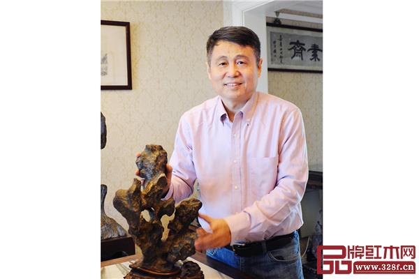 张辉全联艺术红木家具专业委员会专家顾问、明清家具研究学者