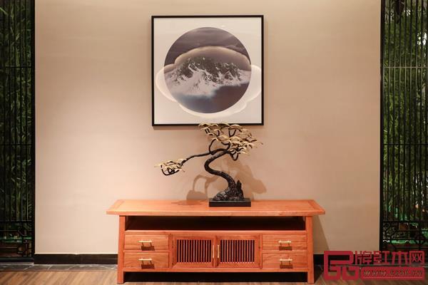 东阳市双洋红木家具有限公司  品牌名称:简悟家居  主要材质:小巴花