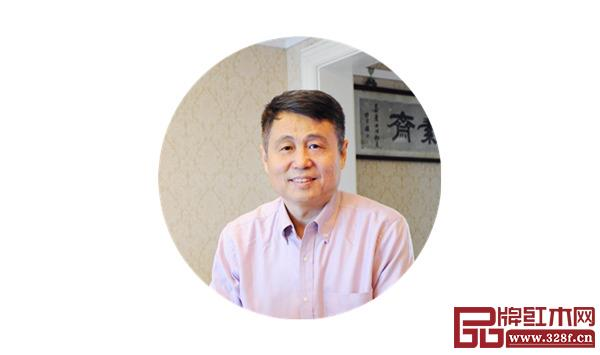 全联艺术千赢国际入口家具专业委员会专家顾问、明清家具研究学者张辉