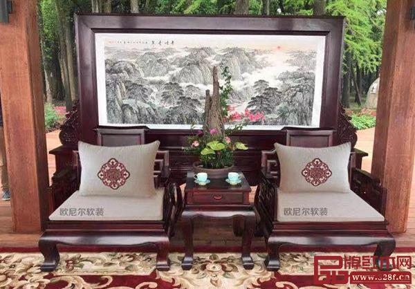欧尼尔软装为国家主席习近平在武汉东湖宾馆同印度总理莫迪举行非正式会晤提供软装定制