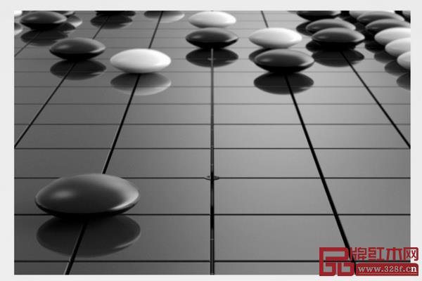 人们常常在黑白棋的对峙中领悟到人生的哲理