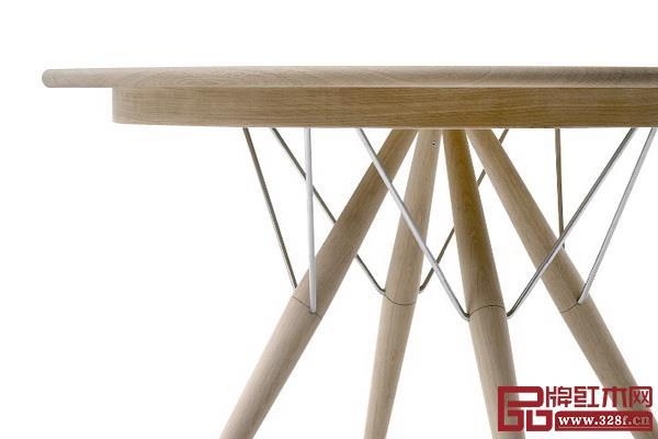 不同材质的融合让家具富有现代感