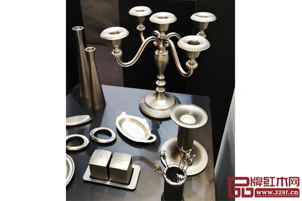 Regent品牌在香港国际家庭用品展展出的银饰西餐器具